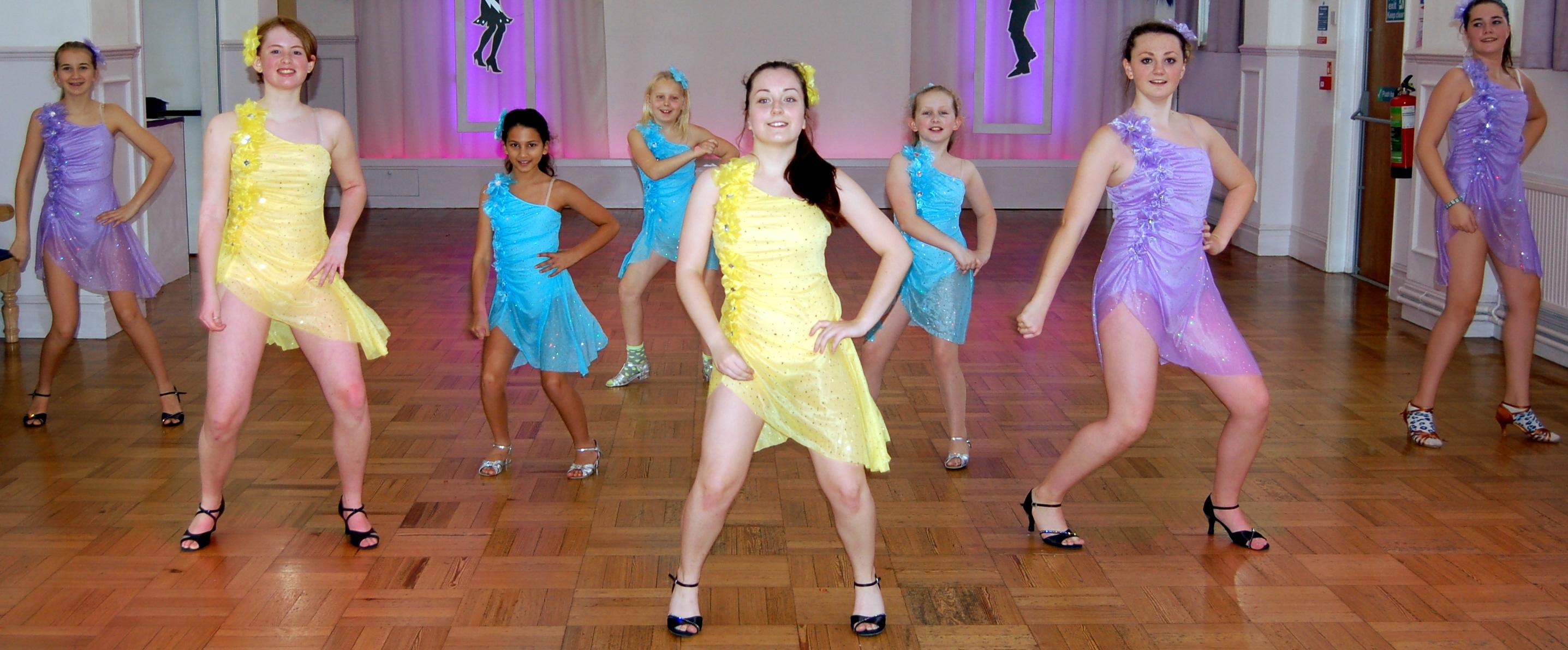 Kids dancing chachacha